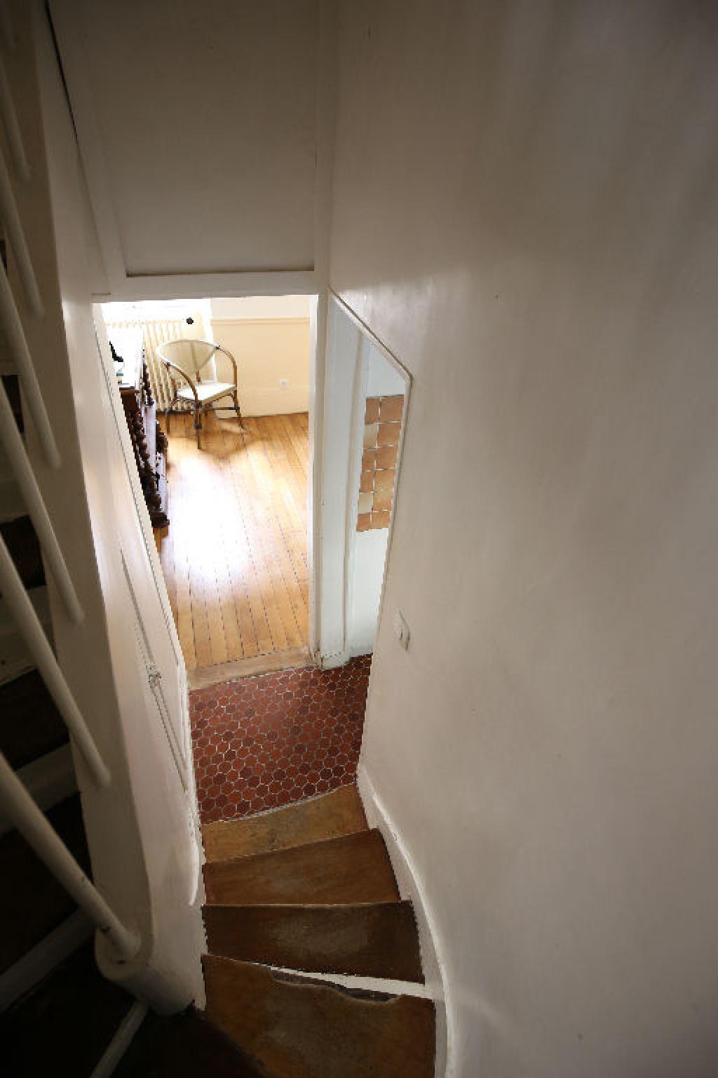 vente appartement versailles 4 pi ce s 69 m2. Black Bedroom Furniture Sets. Home Design Ideas